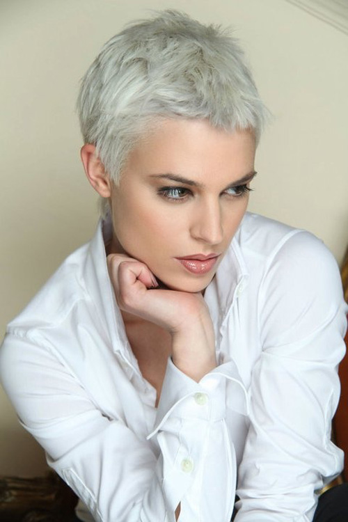19. Very Short Hairstyles for Fine Hair