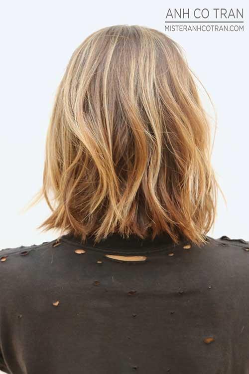 Blondy Back View Of Wavy Bob Hair