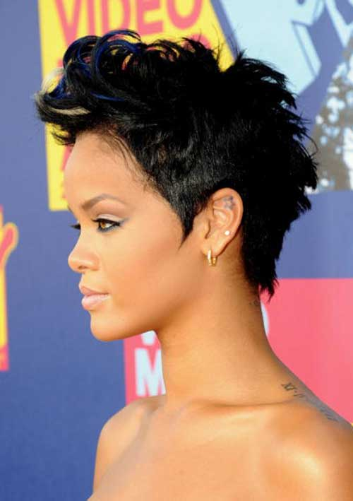 Different Colored Short Hairstyles for Christmas Party