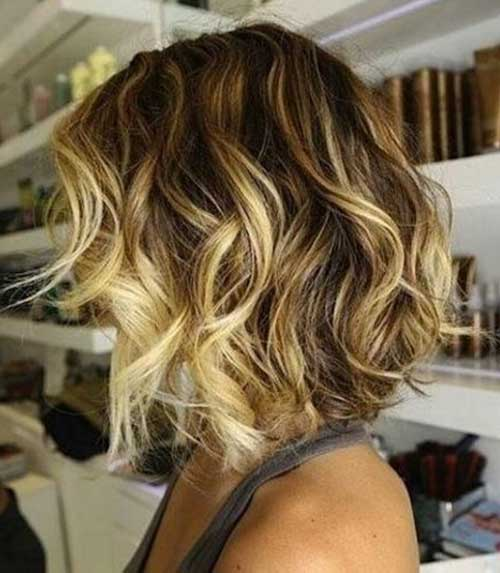 Short Wavy Hair with Ombre Color