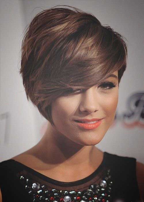 Glamarous Short Layered Pixie Haircuts