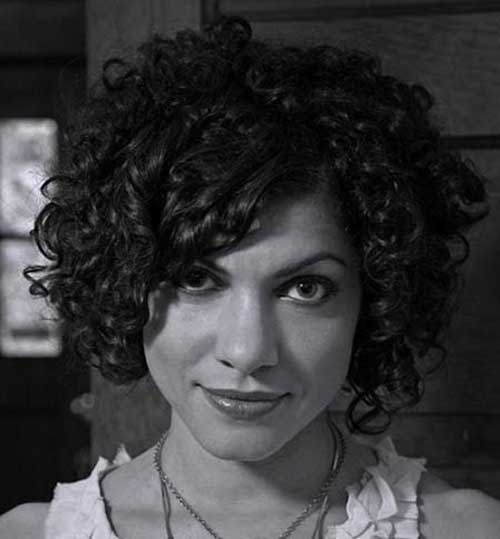 30 curly hairstyles for short hair latest bob hairstyles