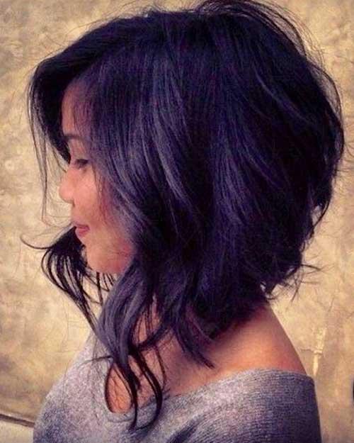 Hairstyles For Short Voluminous Hair : Chic Wavy Voluminous Bob Haircut
