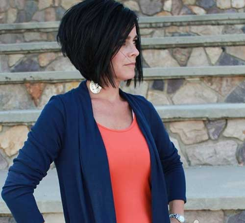 Best Dark Inverted Bob Hairstyle