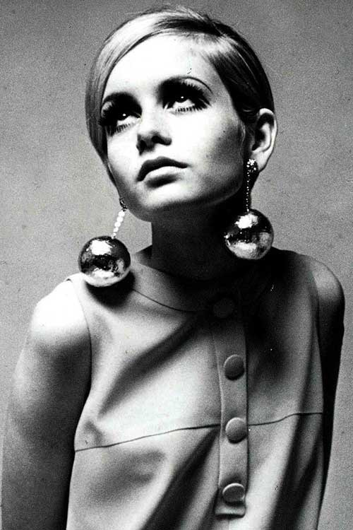 Fashionable Straight Pixie 60's Style