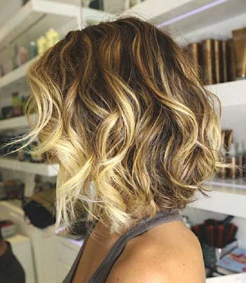 Best Beach Waves Hair with Soft Color