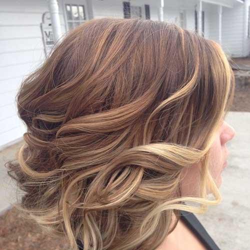 Nice Blonde Balyage for Wavy Short Hair