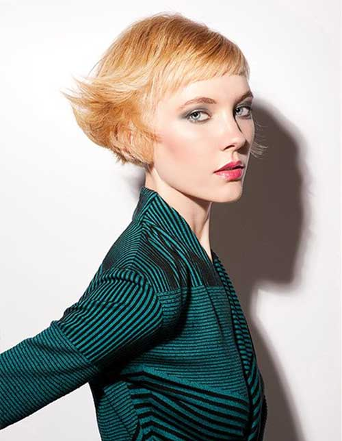Edgy Short Cut with Strawberry Blonde Hair