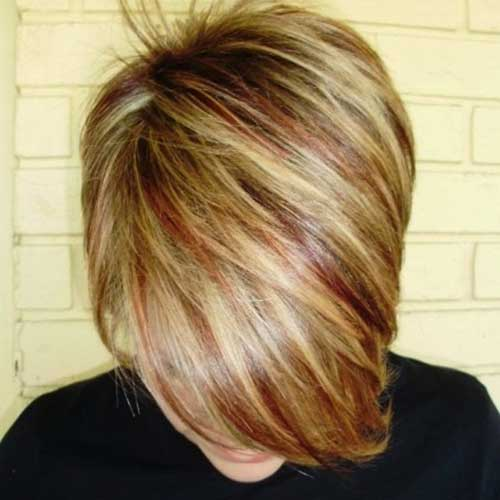 Highlighted Color Streak for Short Haircuts