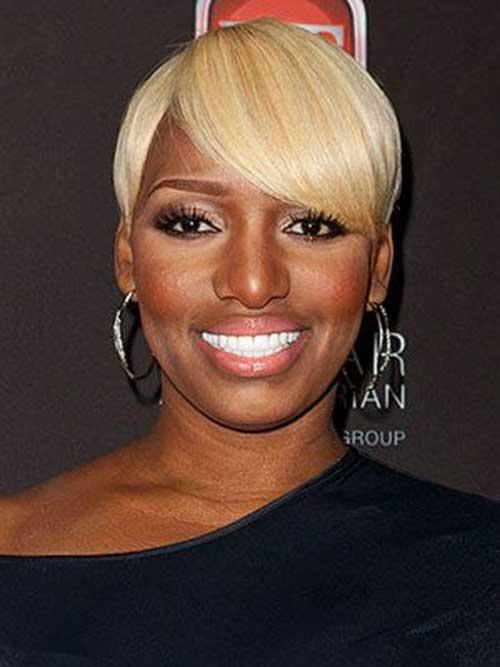 Lovely Blonde Colored Short Hair for Black Women