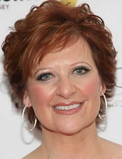 Short Hairstyles for Older Chic Mature Women