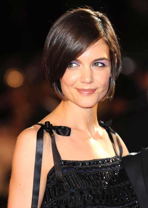 Side Long Bangs with Chin Length Bob Hairstyles