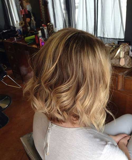 Wavy Blonde Hairstyles with Balyage