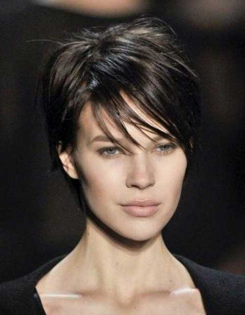 Cute Short Haircuts for Straight Dark Hair