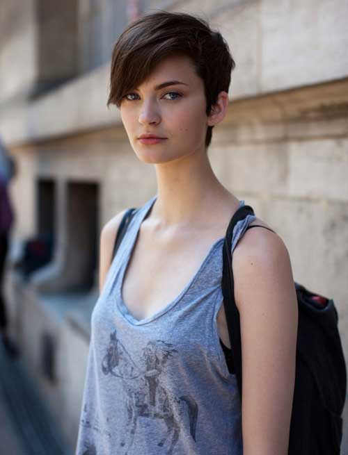Cute Short Hairstyles for Thin Dark Hair