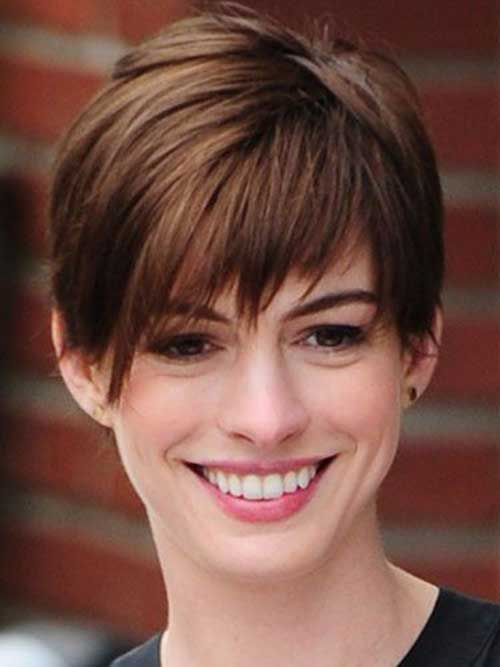 Cute Short Straight Pixie Hairstyles
