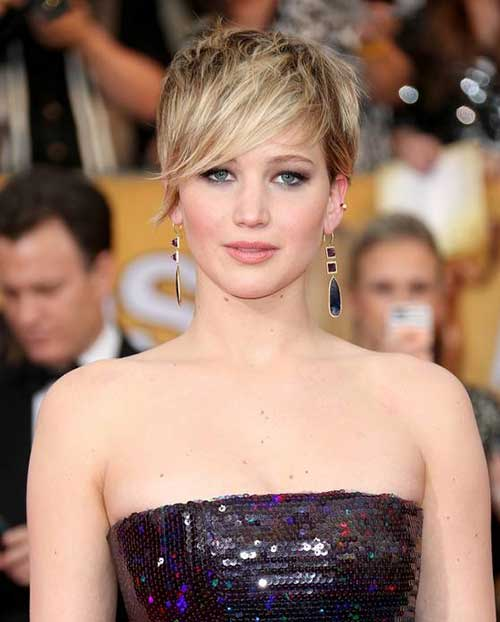 Jennifer Lawrence Short Pixie Hair with Long Bangs