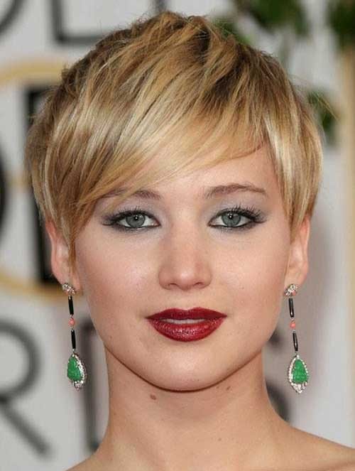 Jennifer Lawrence Short Straight Hairstyles