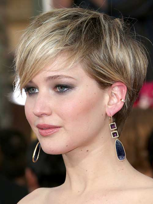Jennifer Lawrence with Short Hair Cuts