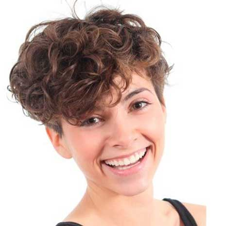 Short Curly Pixie Hair Round Face