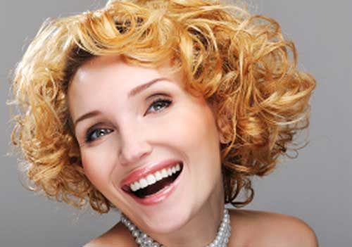Short Curly Style Haircuts for Women 30
