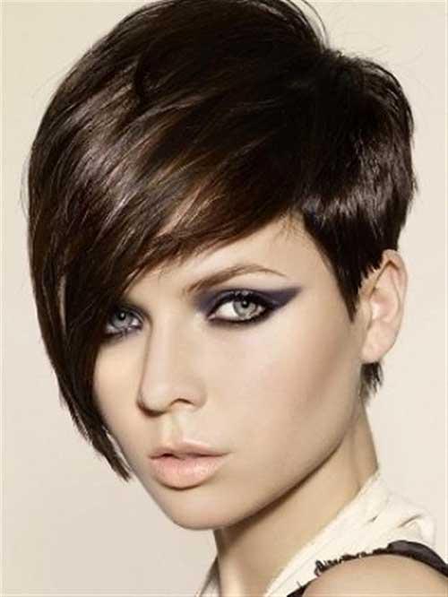Short Dark Haircuts for Women 30