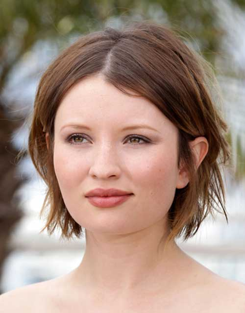 Best Short Hairstyles For Round Face Pictures to pin on