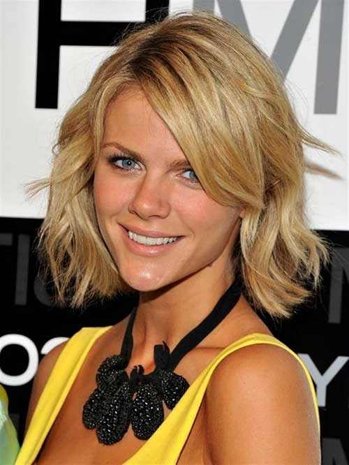 Short Layered Haircuts for Women Over 30