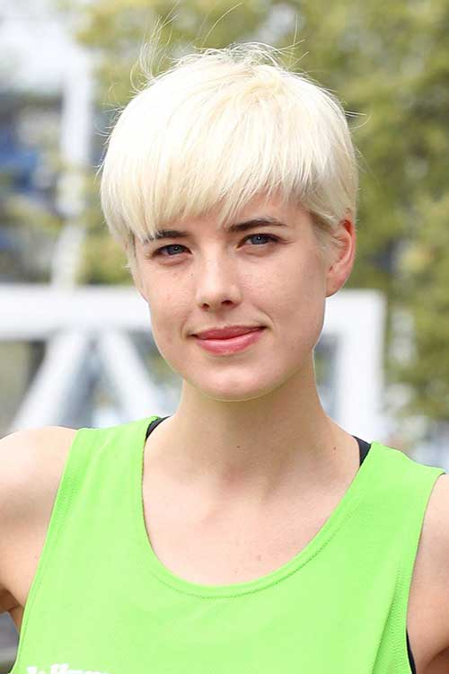 Pixie Cuts for Round Faces-11