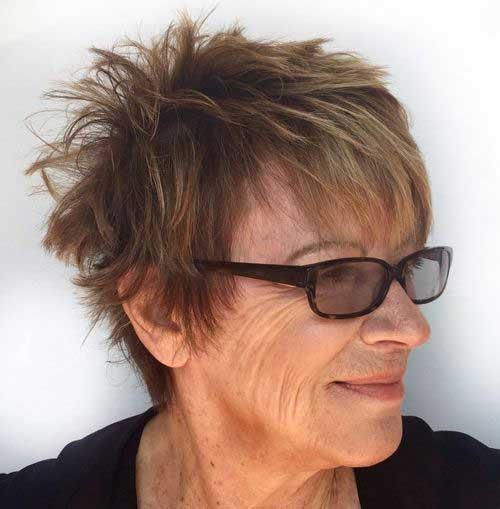 Short Hair for Older Women-12