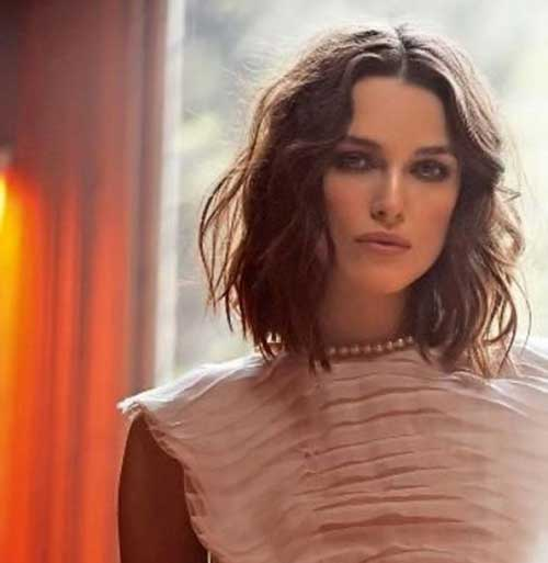 Short Hairstyles for Wavy Hair-17