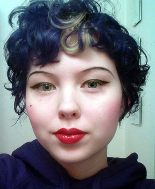 Pixie Cuts for Round Faces-19