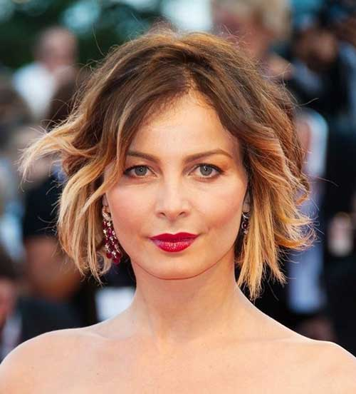 Short Hairstyles for Wavy Hair-20