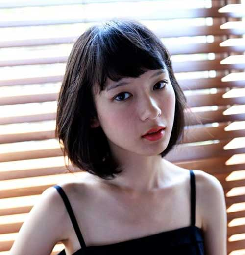 Asian Short Straight Haircuts with Blunt Bangs