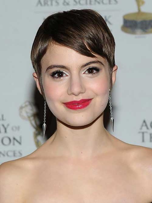 Best Brown Short Pixie Haircut for Round Face