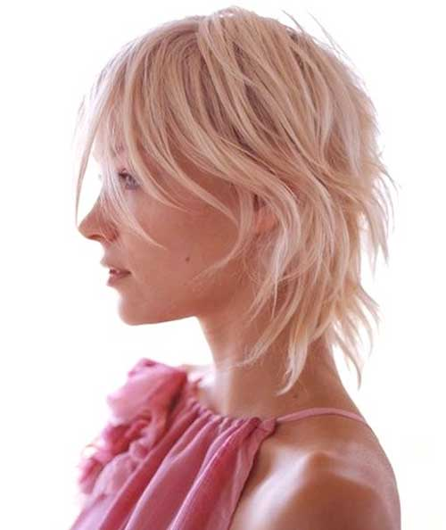 Cute Blonde Hairstyles for Short Layered Hair