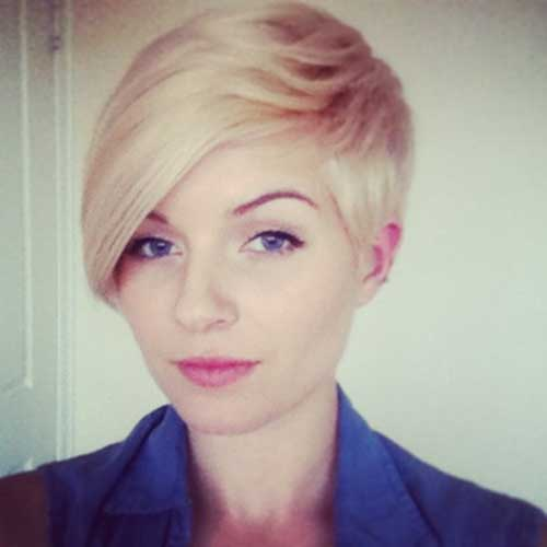Best Short Hairstyles for Thin Straight Hair