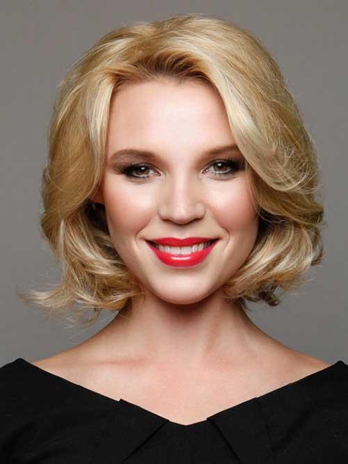 Blonde Short Medium Haircuts for Women