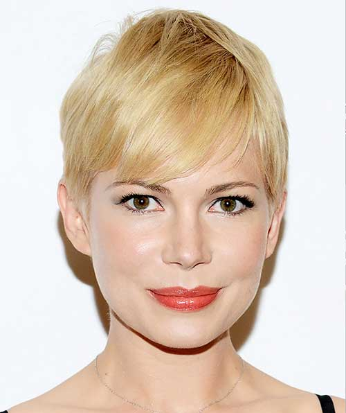 Short Blonde Pixie Haircut for Round Faces