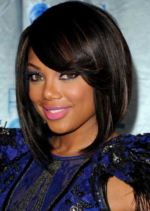 Side Swept Long Bob Hairstyles for Black Women