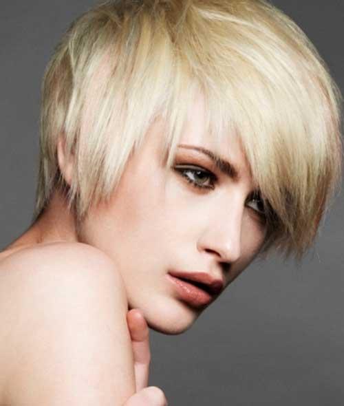 Short Haircuts for Straight Hair-15