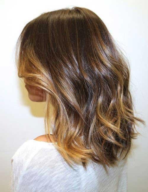 Medium Short Haircuts-17