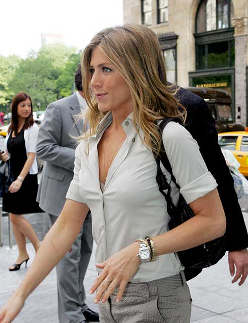 15 spectacular jennifer aniston long bob pictures crazyforus Jennifer aniston fashion style pictures