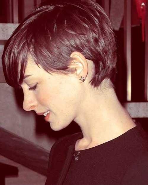 Short Hair Styles for Women-25