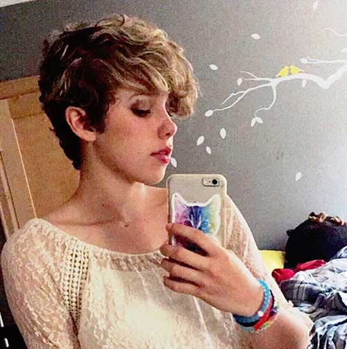 Short Hairstyles for Curly Hair-8