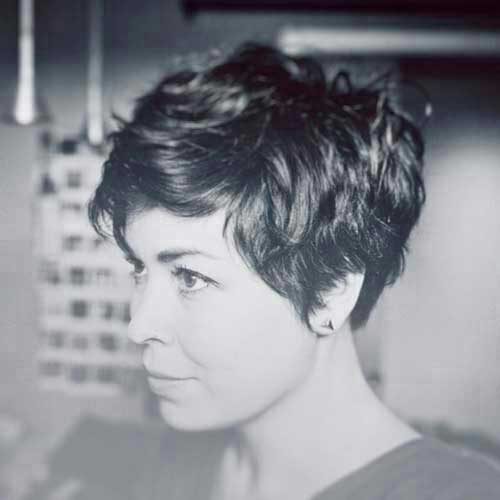 Best Textured Short Thick Haircuts