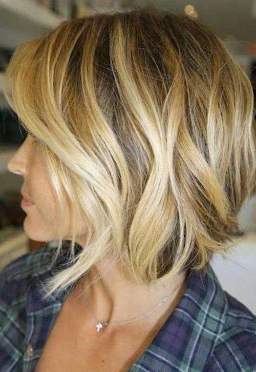 Best Textured Wavy Short Haircuts