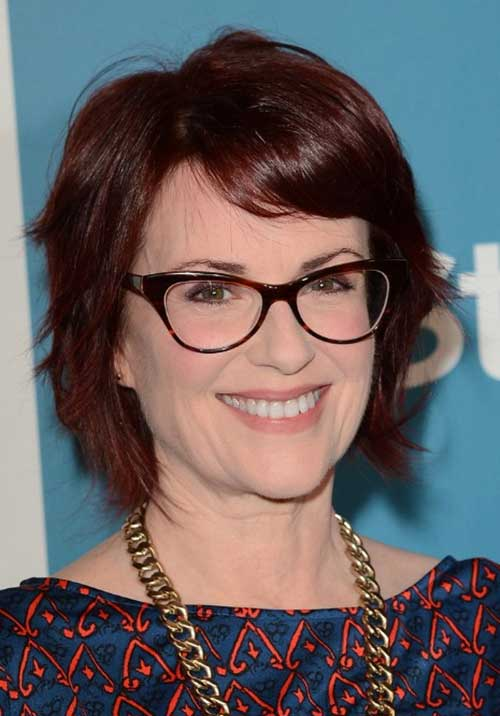 Cute Short Layered Haircuts for Over 50