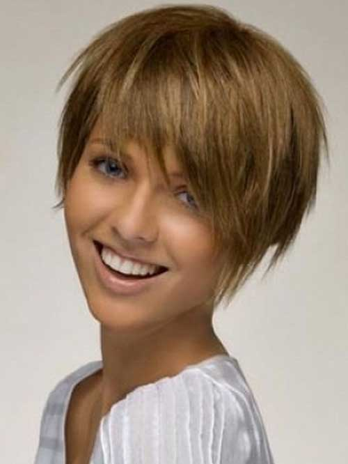 Cute Short Straight Cut Styles for Thick Hair
