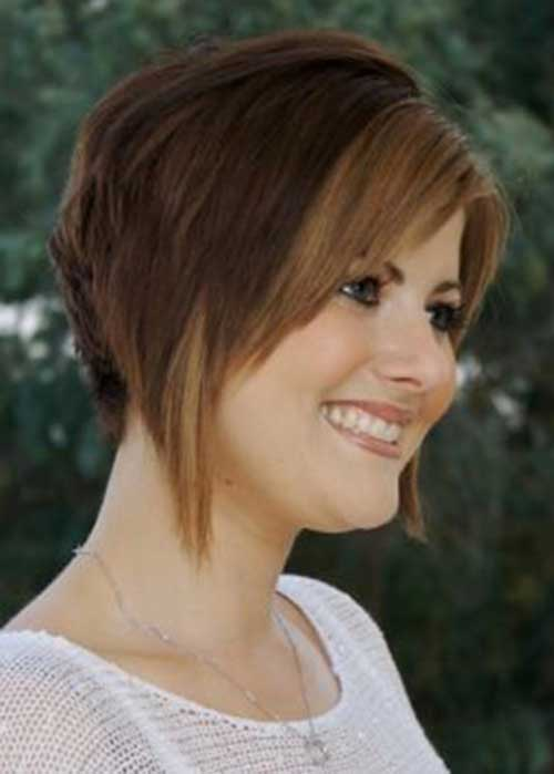 Inverted Layered Bob Cut Pictures